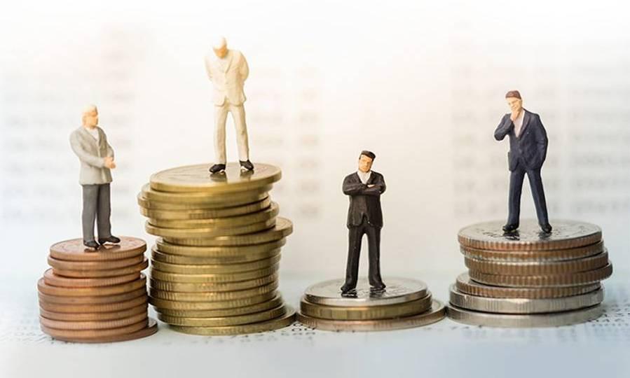 گزینههای سرمایهگذاری در سایه دو ریسک