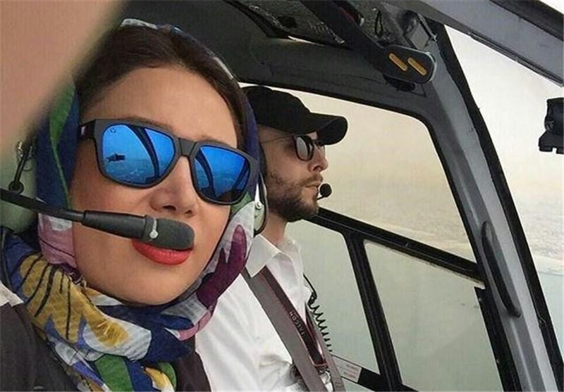 سلفی خانم بازیگر در کابین خلبان