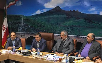 تاکید رییس کل بانک مرکزی بر اجرایی شدن طرحهای استانی