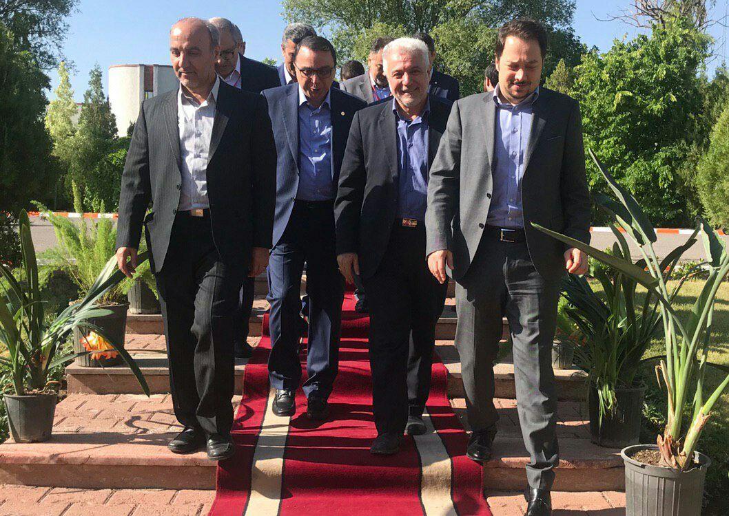 بورس نیوز گزارش میدهد: همکاری مشترک دارویی زهراوی ایران و «رش» سوئیس