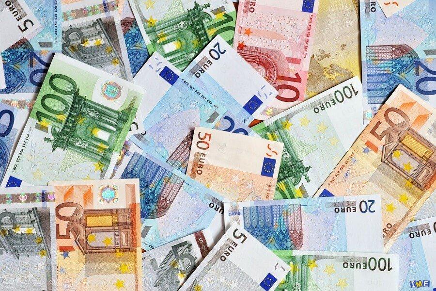 ثبات نرخ دلار و 8 ارز دیگر
