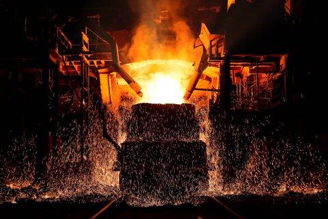 لبیک به منویات رهبری با ثبت رکورد ۱۴۱ ذوب فولاد مبارکه